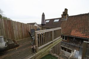 Decking area- click for photo gallery
